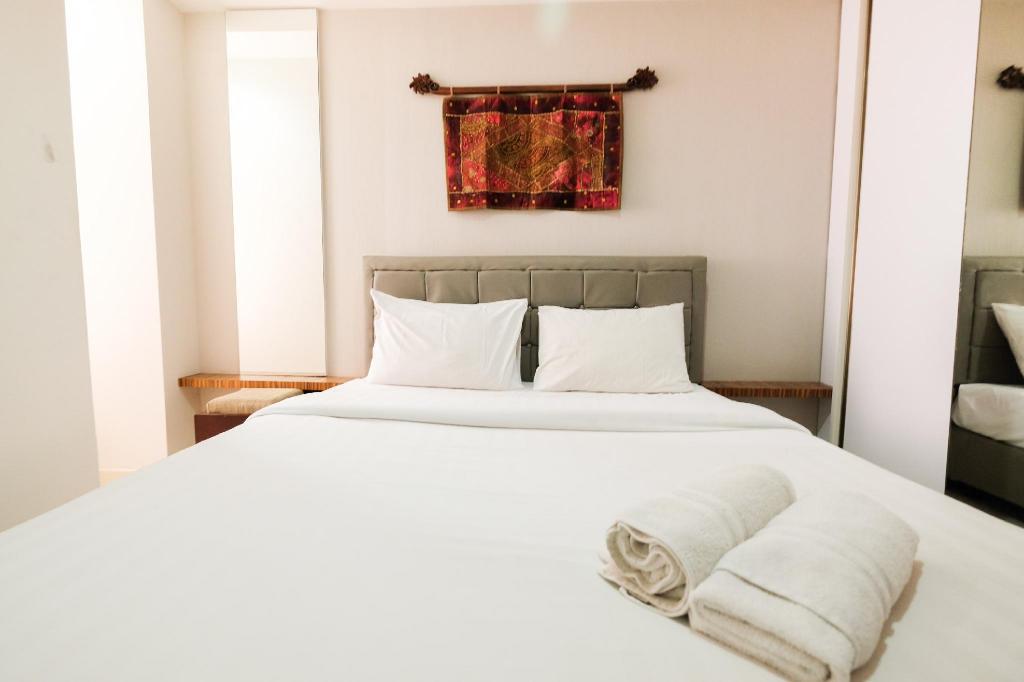 2BR-Bedroom